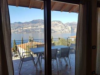Bmp Apartment Duplex con Jacuzzi riscaldata vista lago