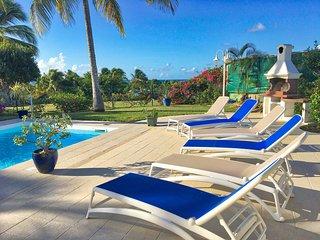 Location Villa en Guadeloupe pour 6 personnes avec piscine en bordure de plage