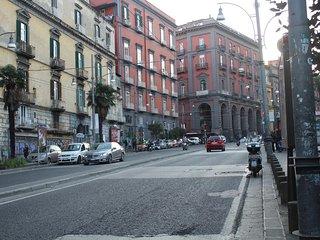 Nice apt in Napoli & Wifi