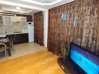 One bedroom. Luxe. 11 Baseina str. Centre of Kiev