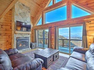NEW! McCloud Mtn Peak Cabin w/ Panoramic Views!
