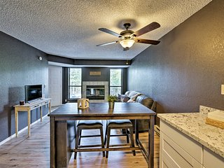 NEW! Modern Show Low Condo - Recently Renovated!