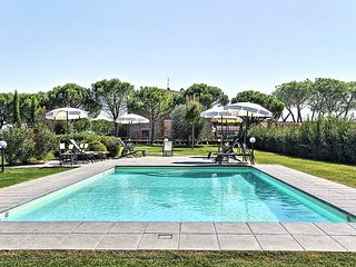 Pietraia Villa Sleeps 4 with Pool Air Con and WiFi