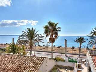 Son Veler House, Apartment with a rooftop seaview terrace next to the beach