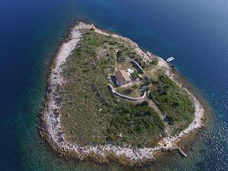 Mari H(4+1) - Island Kornat - Croatia