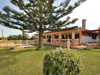 Calendar 2021 Opened- VILLA CHABELA Family Villa in Bahia Grande - Llucmajor. -