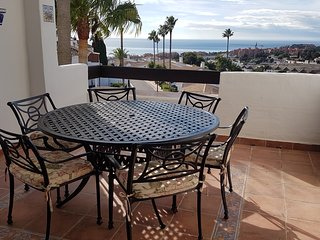 Modern Duquesa 2 Bed,Outstanding view of sea/golf