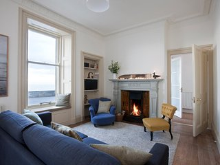 Bonshaw stunning ground floor flat with sea views