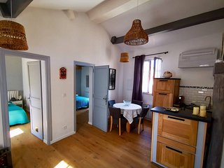 Beautiful apt in Uzes & Wifi