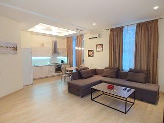 One bedroom. Lux. 25 Khreshchatyk str. Centre