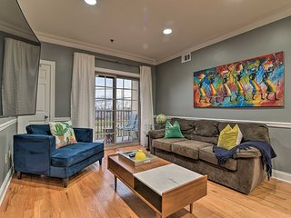 Modern Condo w/ Private Balcony < 13 Miles to NYC!