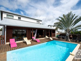 Villa SunBeach - 177m2 - Swimming pool - 4 bedrooms - Montroquefeuil - St-G