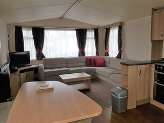 720 Unity Resort - 8 Berth Caravan