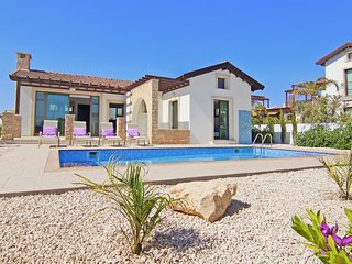 Cyprus Holiday Villa CAMELLIA Profile