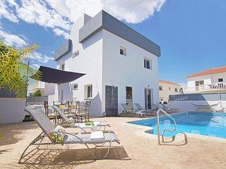 Cyprus Holiday Villa SIMONA Profile