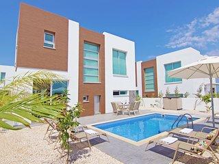 Cyprus Holiday Villa AVIAN Profile