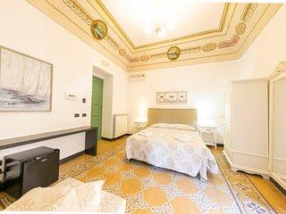 Kefa Holiday - Palazzo Villelmi, Dafne