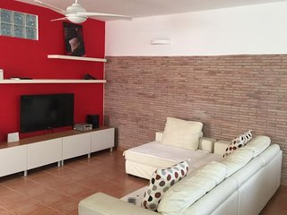 Amazing house with terrace & Wifi