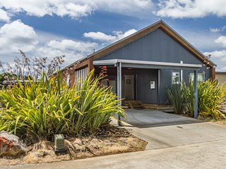 Kanuka Chalet - Ohakune Holiday Home, Abel Tasman National Park
