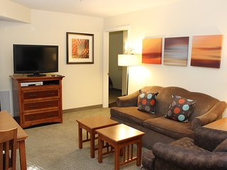 Free Breakfast + Hot Tub + Outdoor Pool | Studio with Accessible Features