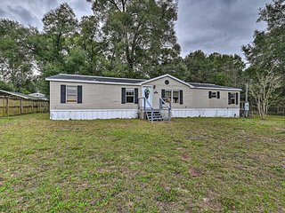 NEW! Pet-Friendly Home, 4 Miles to Silver Springs!