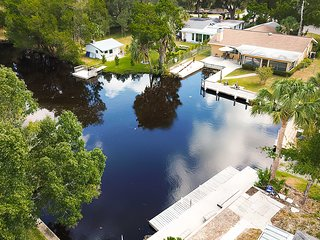 NEW! Homosassa Home w/ 46' Dock+Manatee Sightings!