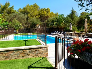 Galdana's House! Villa de 6 dormitorios y piscina privada en Cala Galdana!