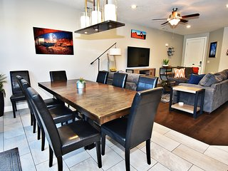 Lovely Poolside, Pet-Friendly Home | 96-Hour Cancellation | EPA Cleaning | 428