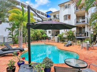 Santalina Beach Gem - Urangan, QLD
