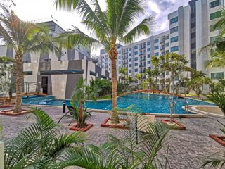 Pool Access 1BR on ground floor - perfect for kids
