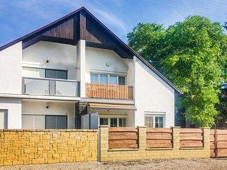 Amazing home in Vonyarcvashegy w/ WiFi and 2 Bedrooms (UBN909)