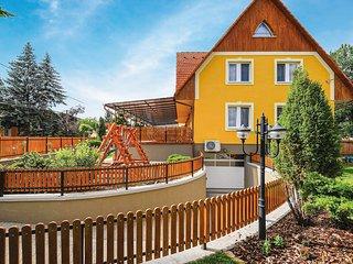 Nice home in Bogács w/ Sauna, WiFi and 1 Bedrooms (UMB105)