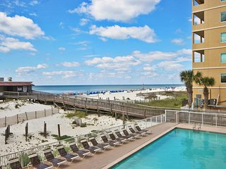 Boardwalk 184- Don't Miss the Great Weather and Low rates! Book Now