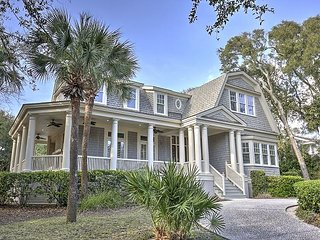 3 Iron Clad -Fantastic island oasis is nestled in the Palmetto Dunes resort