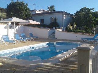 Grote cortijo met privézwembad voor 8 personen