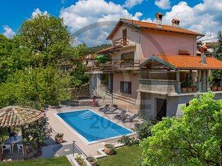 Nice home in Vele Mune w/ WiFi and 3 Bedrooms (CKO897)