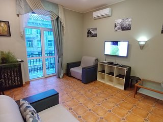 One bedroom 4 Grinchenko str Maidane square