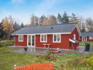 Beautiful home in Landeryd w/ 3 Bedrooms (S25275)