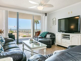 Ground floor, waterfront condo w/ shared pool & private, poolside lanai