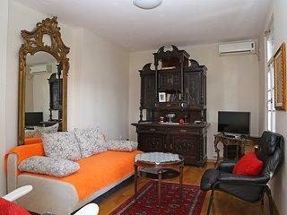 Romantic, elegant 2 bedroom apt, Herceg Novi