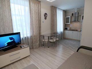 One bedroom. Luxury. 5a Lva Tolstogo St. Metro
