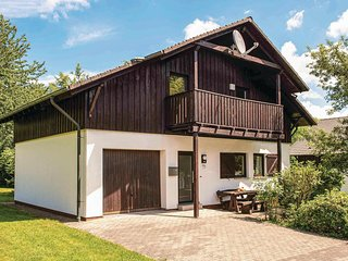 Beautiful home in Thalfang w/ 4 Bedrooms (DHU233)