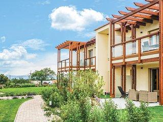 Awesome apartment in Balatonakali w/ WiFi, 1 Bedrooms and Sauna (UBN067)
