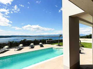 Awesome home in Crikvenica w/ Outdoor swimming pool, WiFi and 4 Bedrooms (CKC690