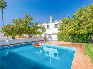 Awesome home in Alanis with Outdoor swimming pool, Outdoor swimming pool and 6