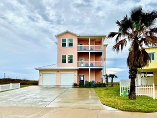 RD334: Beautiful 5 Bedroom Home With Amazing Gulf View, Sleeps 14