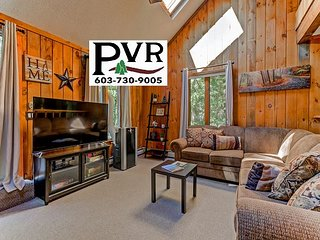 4BR Cranmore Birches Condo. AC, Hot Tub on the Deck, WiFi, Deck w/ Grill!