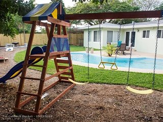 Beautiful Pool Home in Pompano!