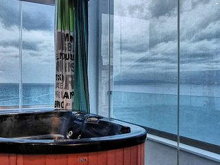 Sky&Sea Luxury Loft Suite with Jacuzzi Spa & Fireplace. Unique place to stay!