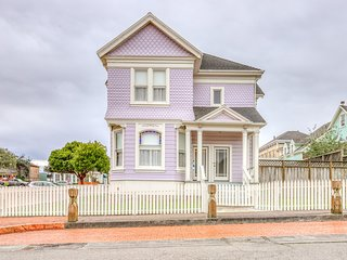 Gorgeous, newly-refinished home consisting of two separate rentals